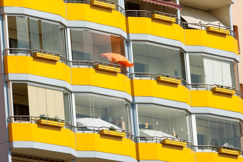 balkongel nder stoff kreative ideen f r innendekoration und wohndesign. Black Bedroom Furniture Sets. Home Design Ideas